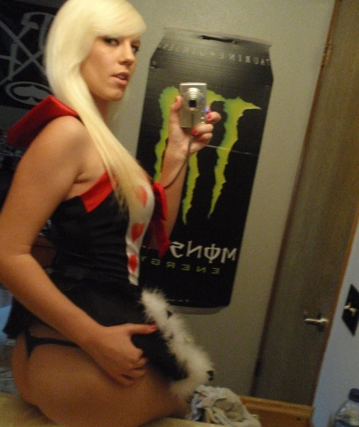 blond-in-sexy-costume-ass-selfpic_attach
